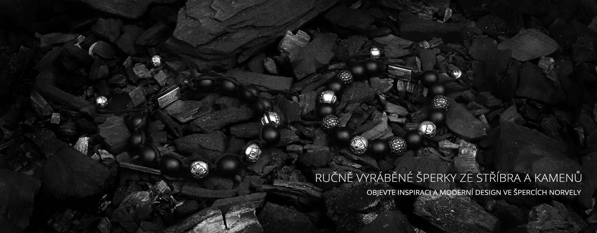 Ručně vyráběné šperky ze stříbra a kamenů